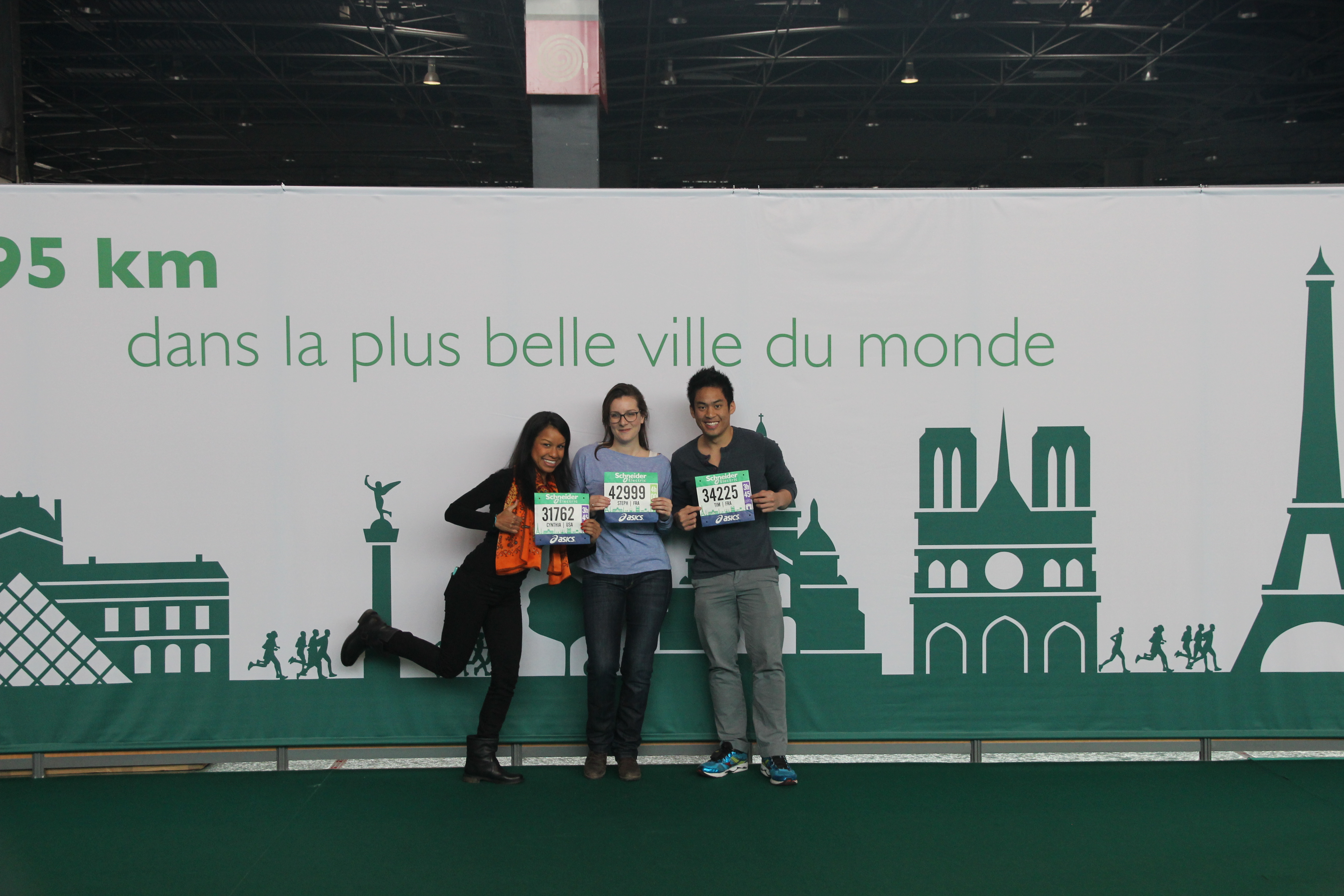 2013 Paris Marathon Expo Cynthia, Stephanie, Tim